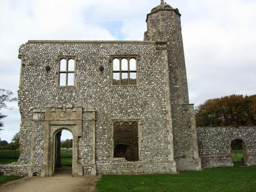 Baconsthorpe Castle Outer Gatehouse