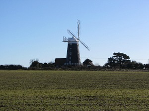 The windmill at Burnham Overy Staithe