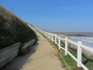 The alternative route from Hopton beach