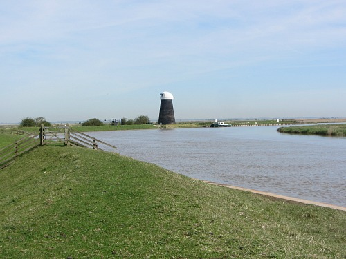 Views along the River Yare