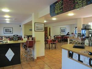 Deepdale Cafe