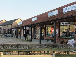 Dalegate Market shopping