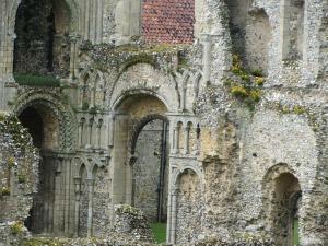 Castle Acre priory ruins