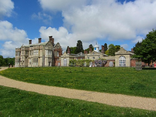The grand stately homes in Norfolk with wonderful grounds and woodlands