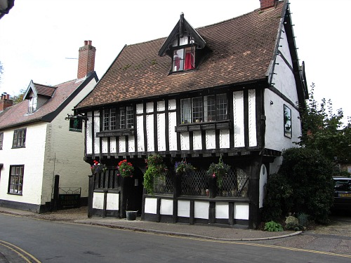 Historic Green Dragon Pub in Wymondham