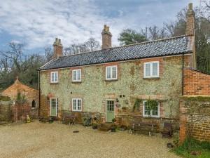 Grooms Cottage, Ingoldisthorpe