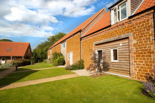 Samphire Cottages, dog friendly