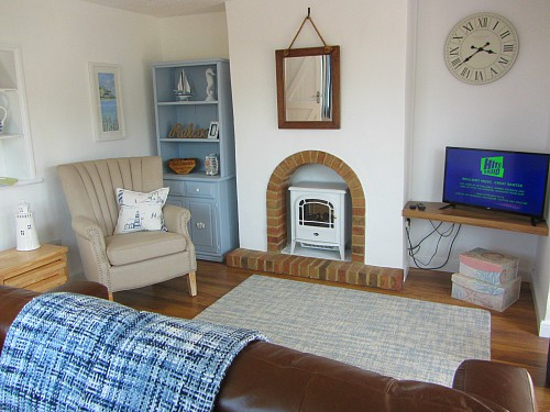 The sitting room at Horsey Holiday Cottage