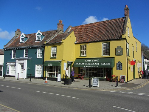 Lots of tea rooms and cafes to eat in