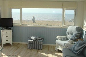 Sunset Beach Retreat, Heacham - right on the beach