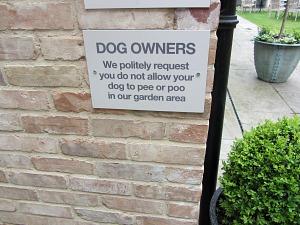 The Hoste garden dog notice