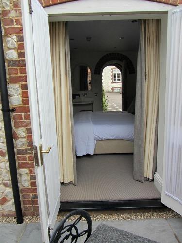 Standard ground floor bedroom with terrace