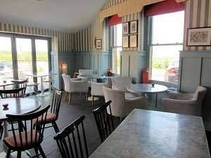 Pet friendly dining at Titchwell Manor