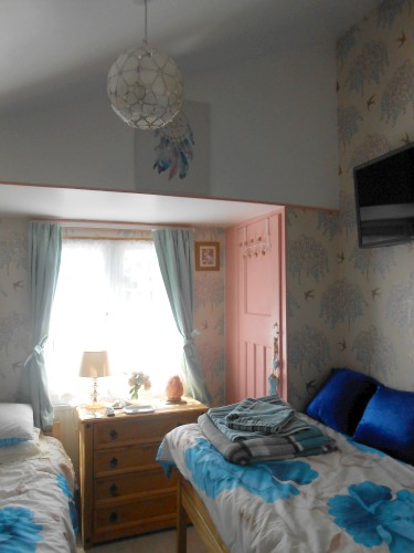 The twin bedroom at Eve