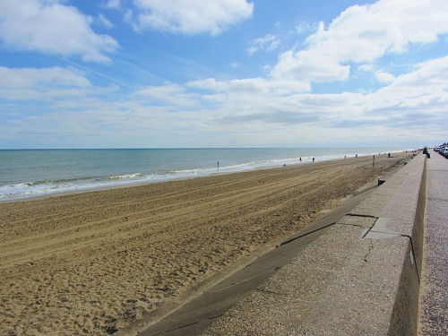 Walcott beach and the sea defence
